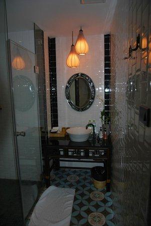 Baan Chart: salle de bain vintage