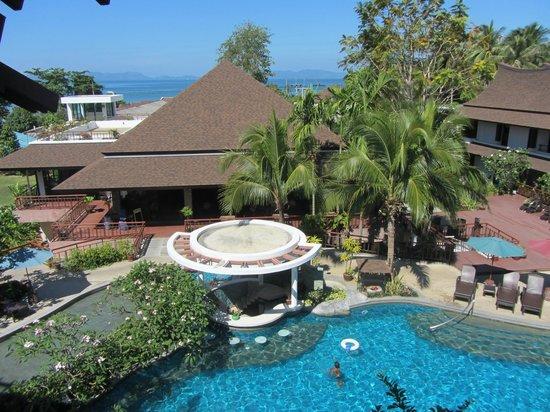 The Elements Krabi Resort: Piscina