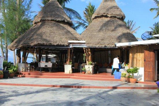 B 52 Beach Resort: Frühstücksbereich