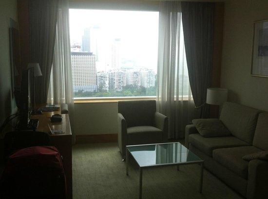 Metropark Hotel Causeway Bay Hong Kong: Living room
