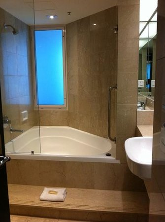 Sheraton Grand Mirage Resort, Gold Coast: bathroom