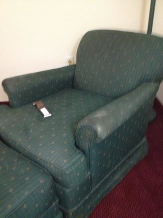 Extended Stay America - St. Louis - Westport - East Lackland Rd.: chair