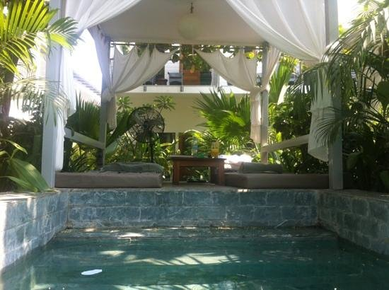 Plantation - urban resort & spa: Pool-Lounge