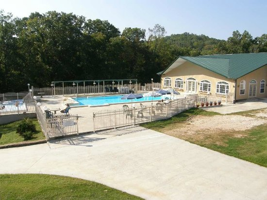 Show Me Acres: Club House, pool, and hot tub