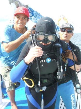 Camiguin Action Geckos Dive & Adventure Resort : Plenty of help