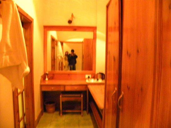 Ri Kynjai: Room view