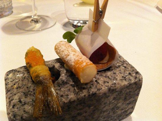Chez Dominique : More little treats - fish, crab, ham