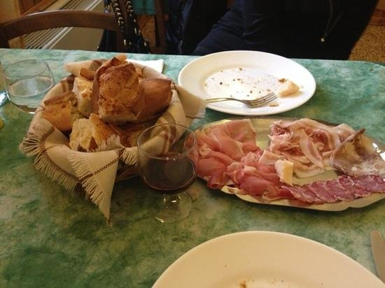 Camposanto, Италия: Gnocco Salume Top !