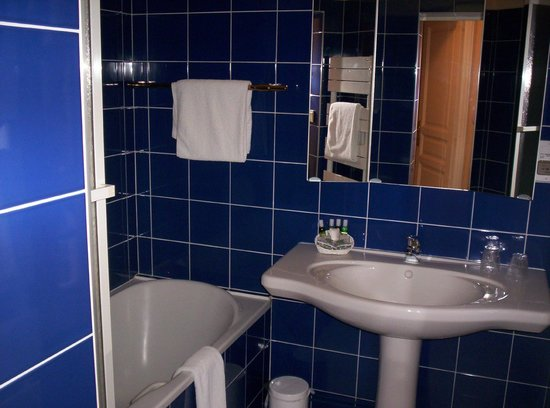 Hostellerie de la Poste : Salle de bains