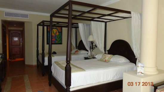 Luxury Bahia Principe Ambar Don Pablo Collection: Room with 2 double beds