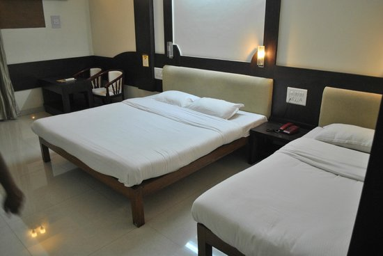 Hotel Yash Palace: Deluxe room