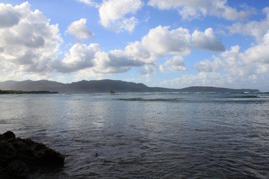 Grand Paradise Samana: vue ouest de la plage de l'hotel ....