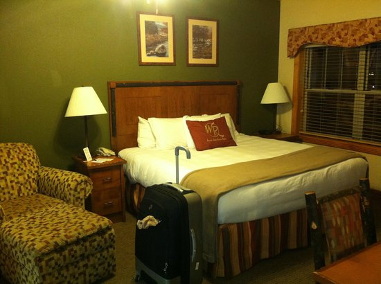 Westgate Branson Woods Resort: Very comfortable king bed