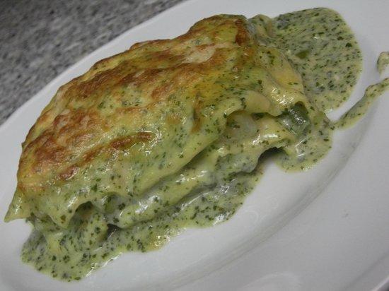 """sacripante osteria : le nostre lasagnette """"espresse"""" al pesto accomodate con fagiolini e patate"""