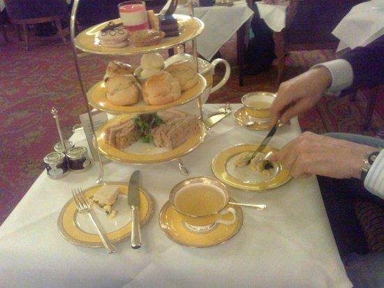 The Goring: Afternoon Tee (imperdível!!!)