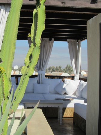 Riad Kheirredine: Rooftop terrace in day