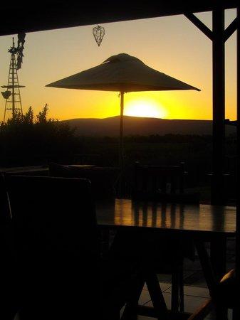 De Zeekoe Guest Farm: restaurant view