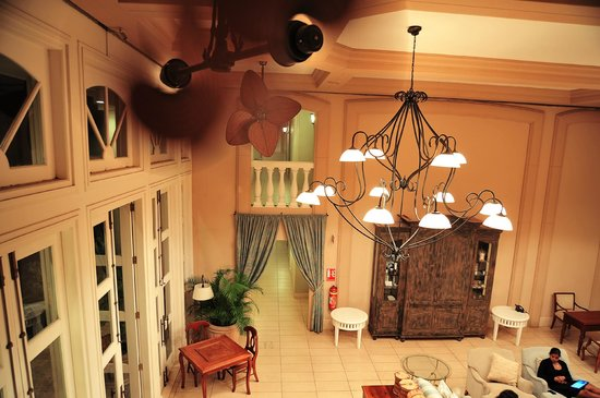 Sugar Beach Golf & Spa Resort: Manor House interior
