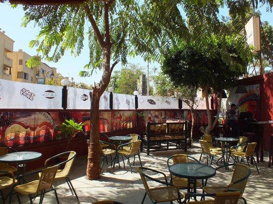 Caffe Moka: Seats, tables and sofas