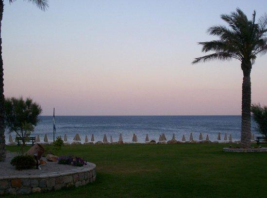 Rodos Palladium: dal giardino al mare