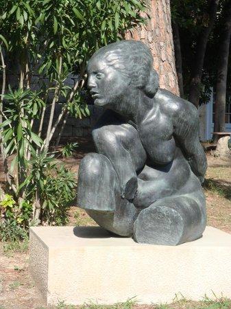 Ivan Meštrović Gallery: Galeria: Mujer Desnuda