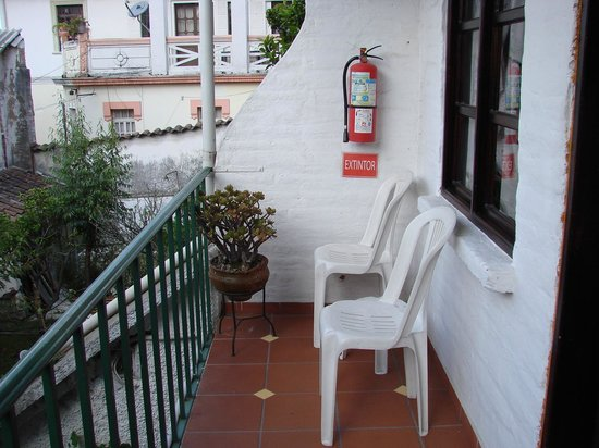 L'Auberge INN: The balcony