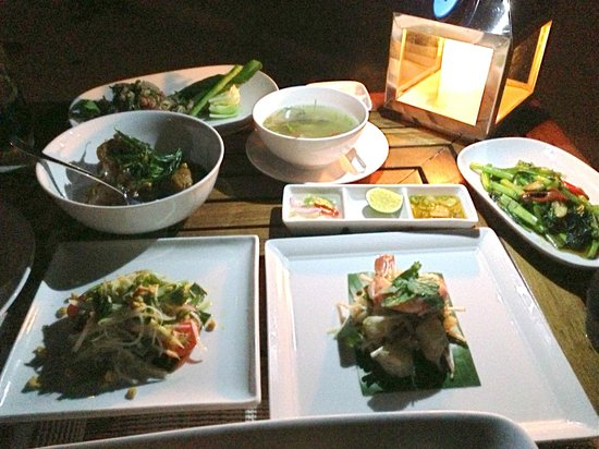 Cocoa Island by COMO: Delicious thai dinner