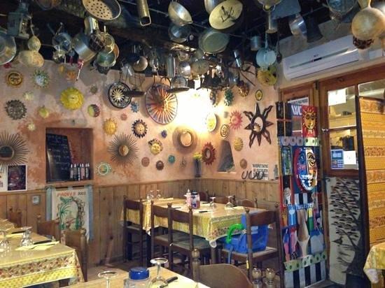 Pecheur de Soleil : salle de repas !