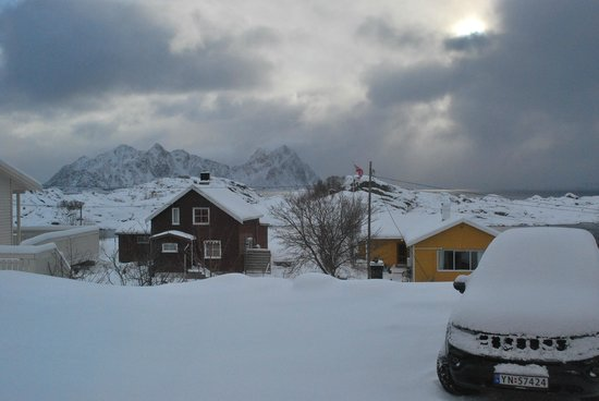 Kunstnerhuset Lofoten: View from the room we stayed in