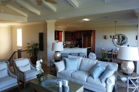 Grand Isle Resort & Spa: Two bedroom villa great room and kitchen