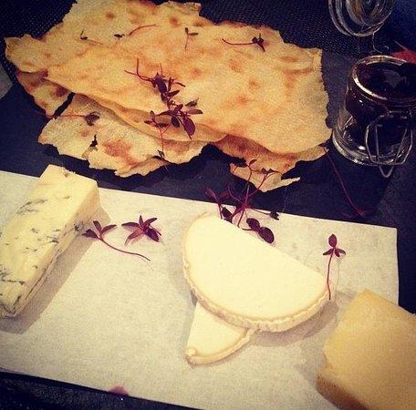 Strada - Cheltenham: Cheese Board