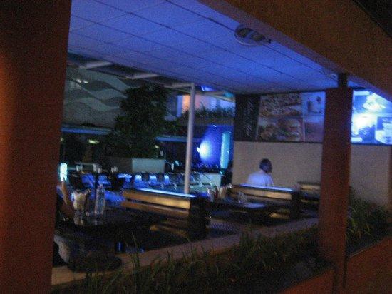 Hotel Malligi: Blue Mist Restaurant