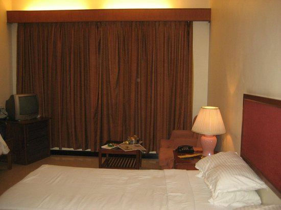 Hotel Malligi: Room View : Fully Equipped