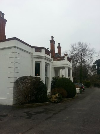 Mansion House Llansteffan: Outside