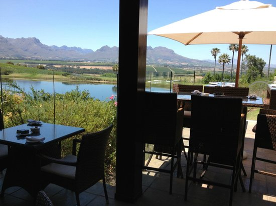 Asara Wine Estate & Hotel: Sansibar bar at the Asara