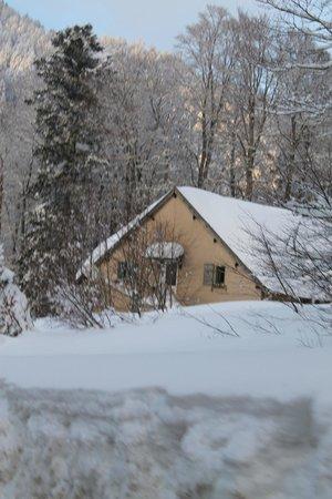 chalet sous la neige picture of murmures d arbres labroquere tripadvisor