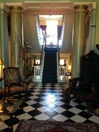 Ballyseede Castle: Entry