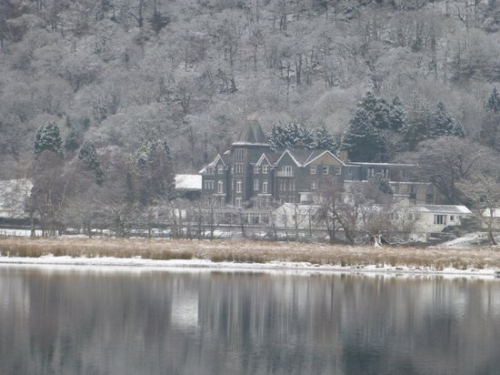 Lodore Falls Hotel: View from the lake