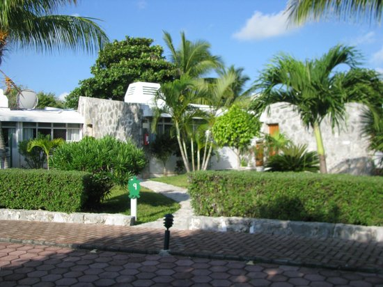 Las Casitas Akumal : Front entrance