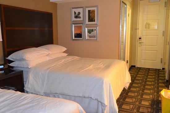 Sheraton New York Times Square Hotel: Chambre 5037