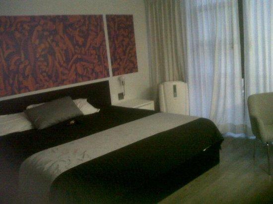 Hotel El Ejecutivo: Habitación del piso 14