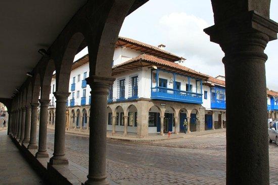 Plaza de Armas Cusco Hotel: Hotel y alrededores