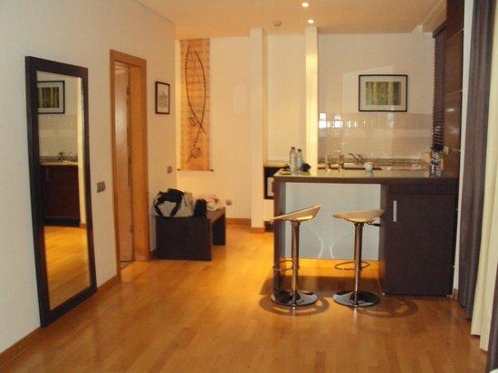 Afrin Prestige Hotel: Kitchen area