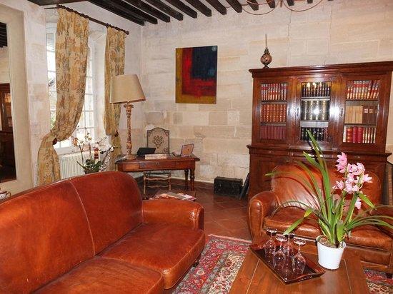 Domaine de Rhodes: le salon