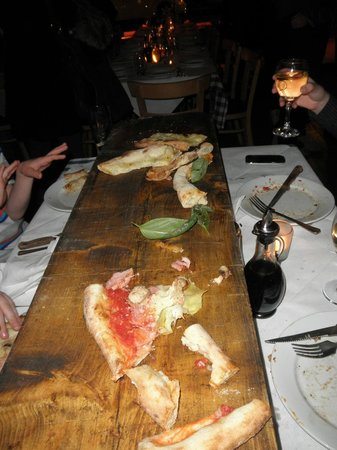 Luna Rossa: Our metre long pizza