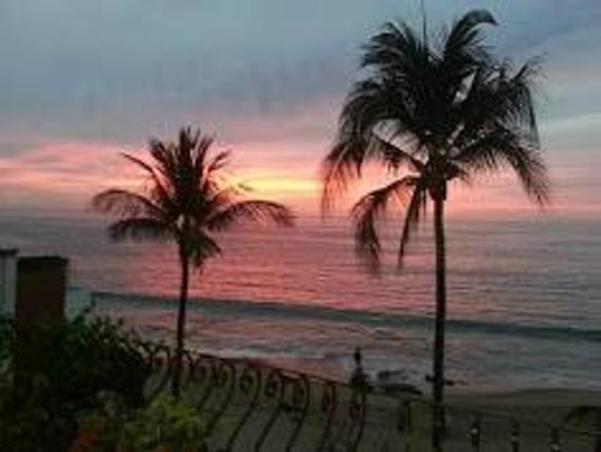 Vallarta Shores: Yes the views are over the top.