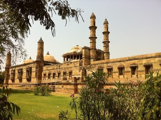Champaner-Pavagadh Archaeological Park: fantastisk bygningsværker