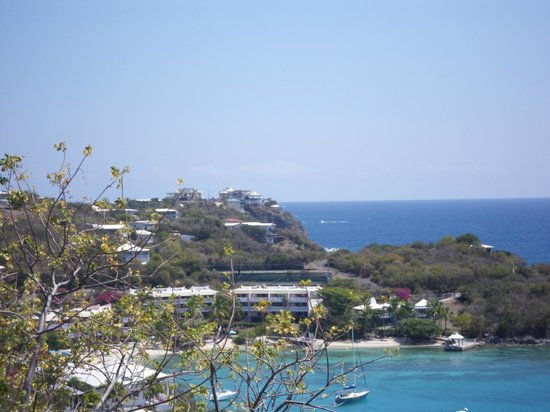 Paradise Cove Oceanfront Villas & Suites: View from Serenity's terrace