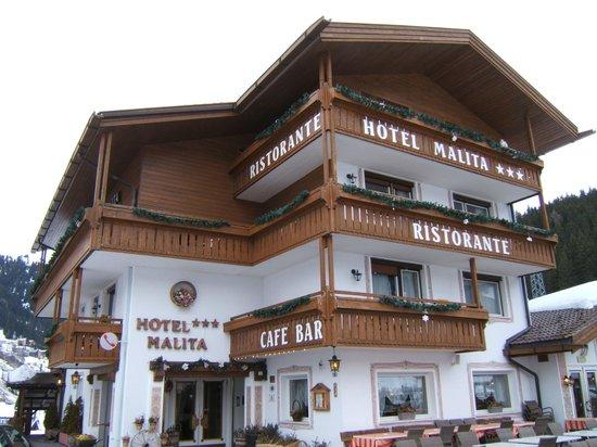 Hotel Malita: Gesamtansicht des Hotels