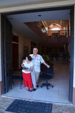 Hotel Internacional Managua : Gladys und Roberto